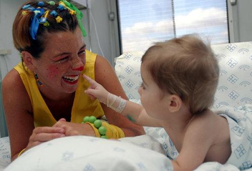 Animadores en el Hospital Materno